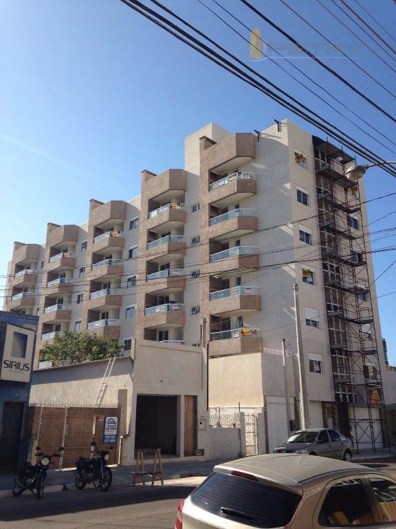 Apartamento, 01 Dormitório, Mobiliado, Centro, Pelotas. Cód. 5894
