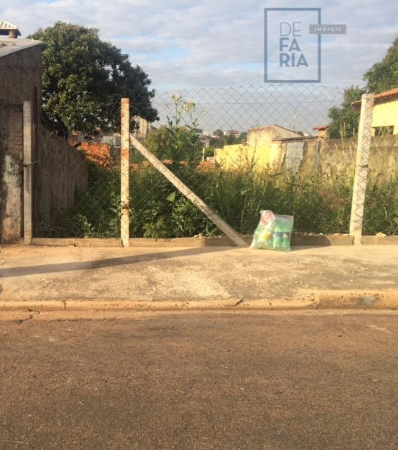 Terreno plano no Jardim São Pedro