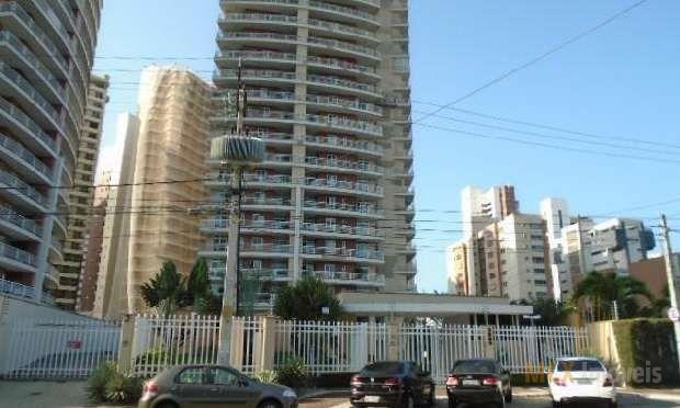 Apartamento à venda com 02 suítes no bairro do Cocó, em Fortaleza-CE