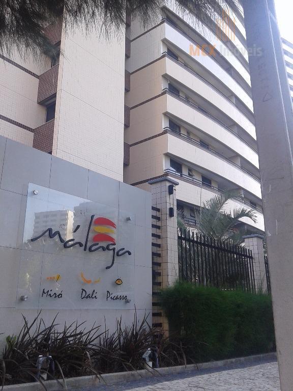 Apartamento com 70m² com 2 quartos, sendo 1 suíte e 2 vagas no Parque Del Sol, bairro Cidade dos Funcionários, Fortaleza/CE