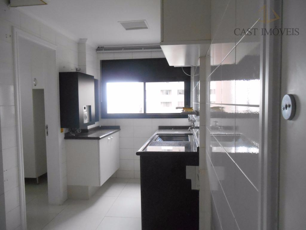 Apartamento de 2 dormitórios em Água Verde, Curitiba - PR