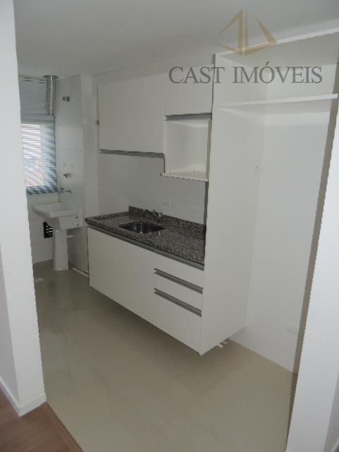 Apartamento de 2 dormitórios à venda em Água Verde, Curitiba - PR