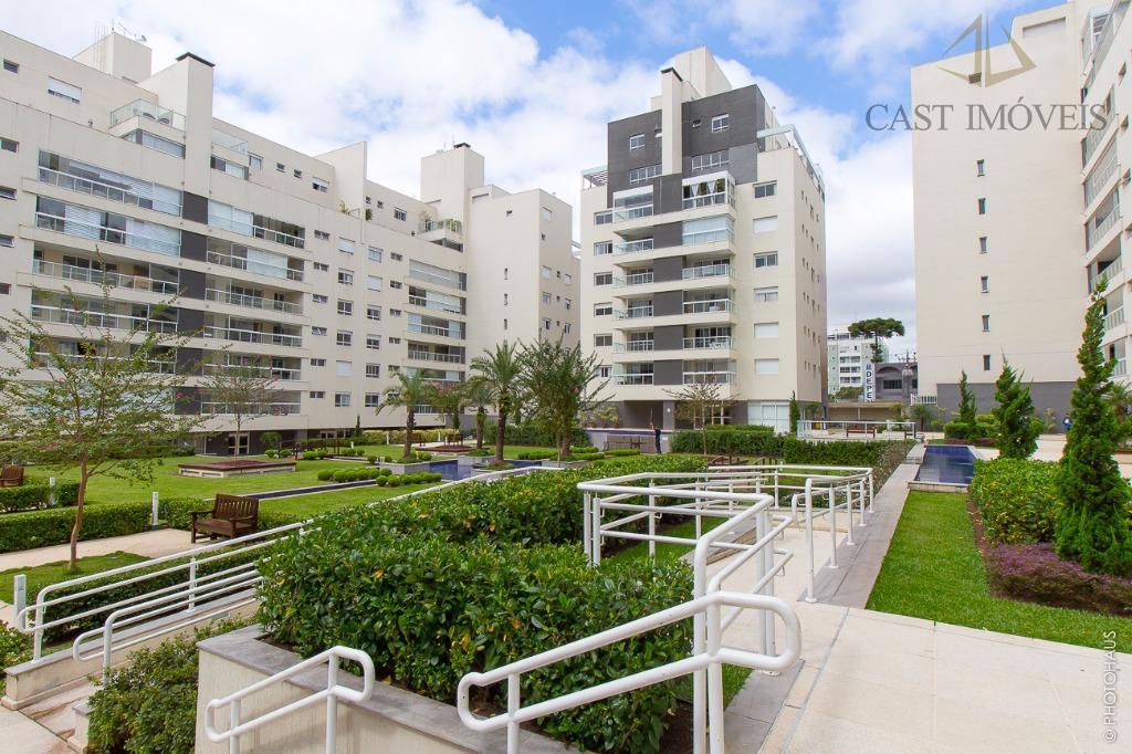 Apartamento à venda, Condomínio Quartier, Água Verde, Curitiba.