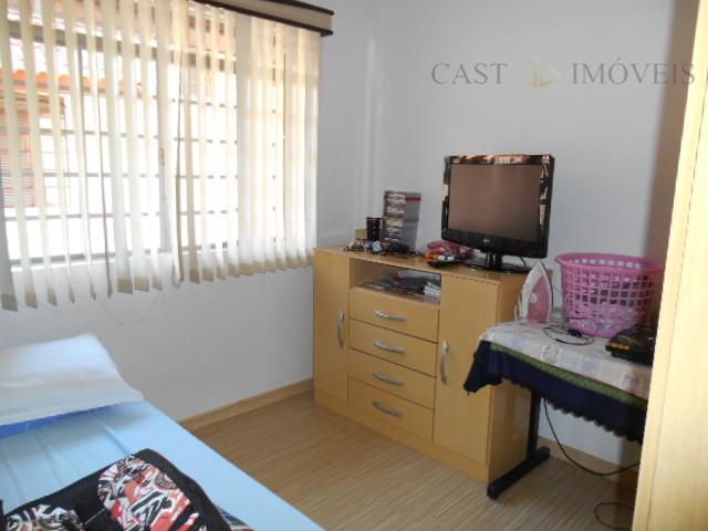 Casa de 3 dormitórios em Boqueirão, Curitiba - PR