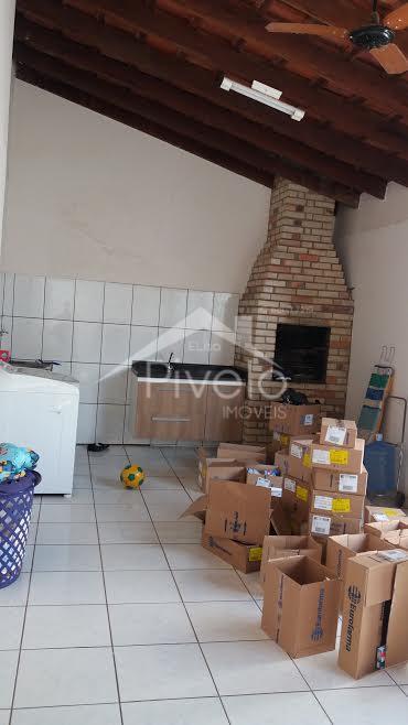 Excelente casa no Parque Cuiabá com 2 dorms sendo 1 suíte