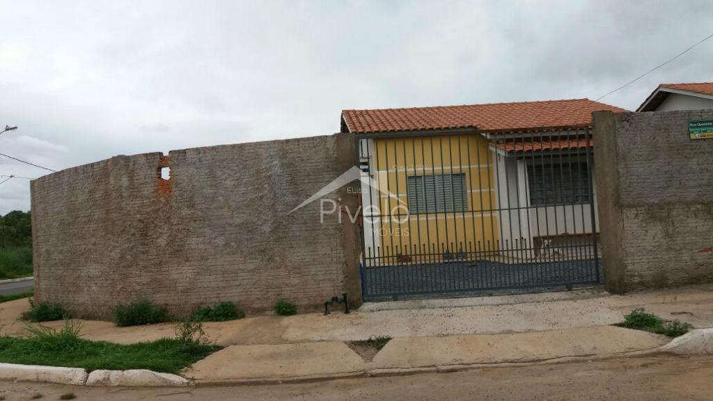 Excelente casa de esquina murada com varanda no Residencial Santa Terezinha