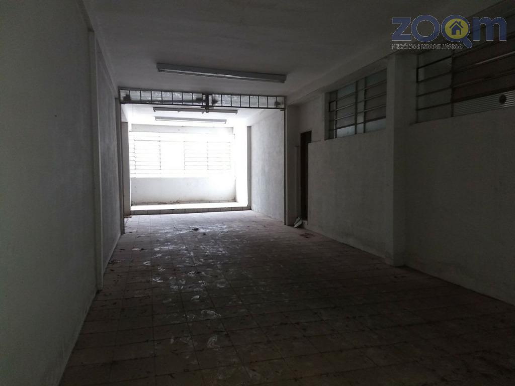 galpão comercial piso térreo com pé direito de 6 metros dividido em 3 salões grandes, nível...