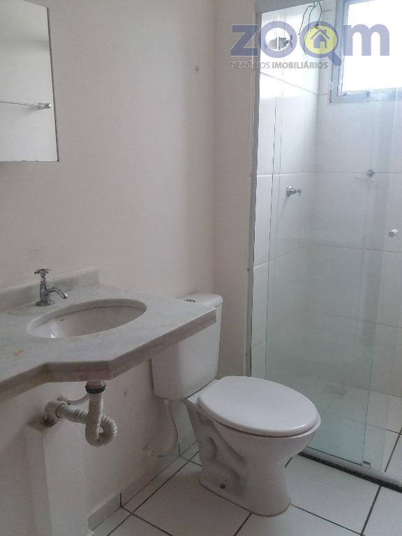 apartamento com dois dormitórios, cozinha com armários planejados, sala dois ambientes com varanda com gramado diferenciado...