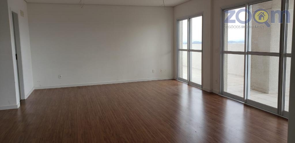 cobertura duplex na avenida 9 de julho com 4 suítes com armário planejado sendo duas delas...