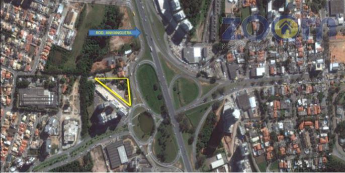 localizado na rotatória da rodovia anhanguera km 58, sentido campinas, numa das principais entradas da cidade,...
