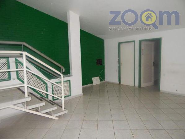 ótima casa comercial para locação no anhangabaú.são 6 salas, recepção, sala de espera, 2 banheiros (com...