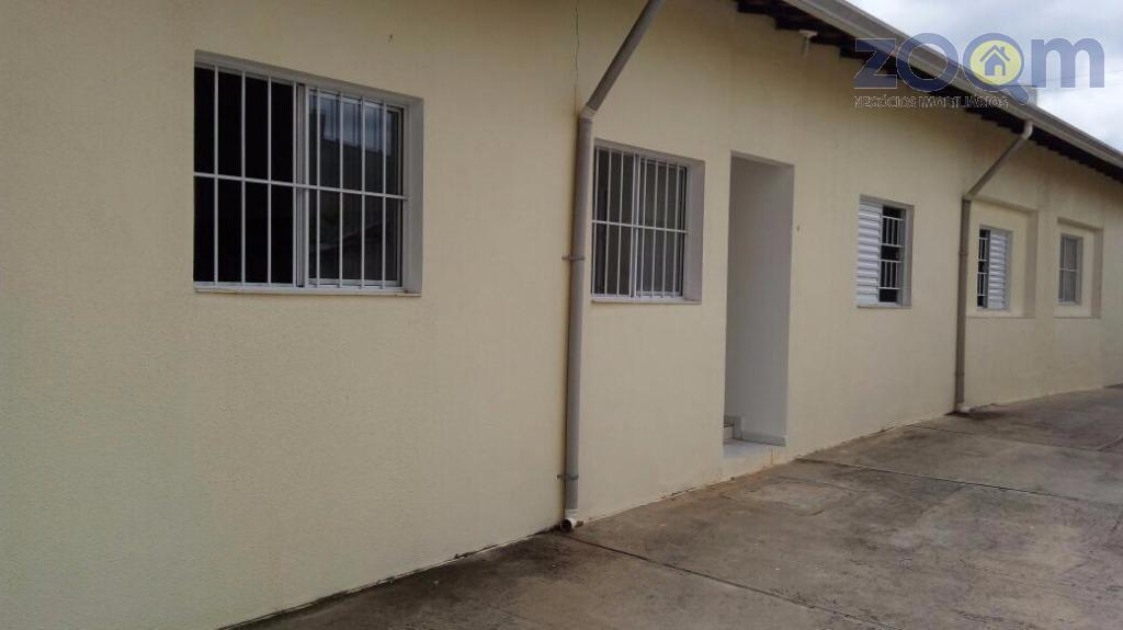 linda casa, 90 mts, com 2 dormitórios, sala, cozinha, lavanderia, banheiro e 1 vaga de garagem...