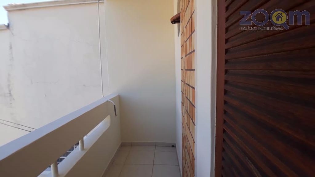 sobrado com 6 kitnets. esta é mobiliada, 43mts, 1 quarto, 1 banheiro, cozinha, sala, varandaincluso água,luz,...