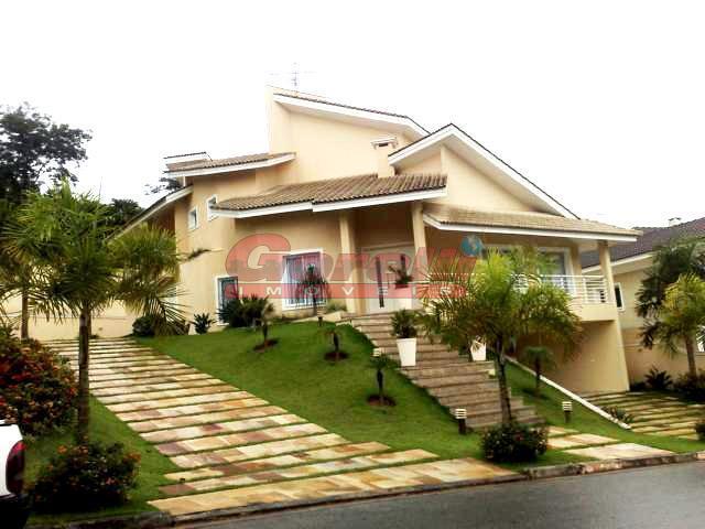 Casa residencial à venda, Condomínio Arujá 5, Arujá - CA0038.