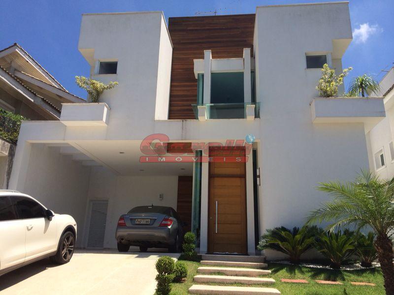 Belíssima casa à venda, Condomínio Arujá 5