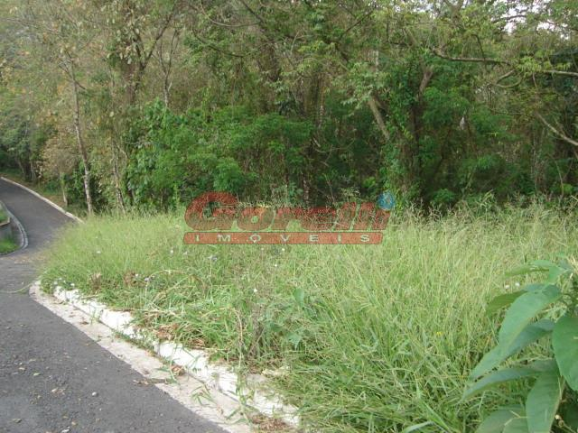 Terreno à venda, 900 m² por R$ 200.000 - Condomínio Country Club - Arujá/SP