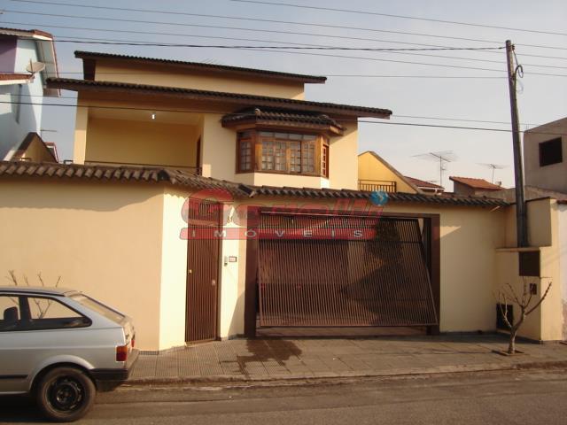 Casa residencial à venda, Jordanópolis, Arujá.