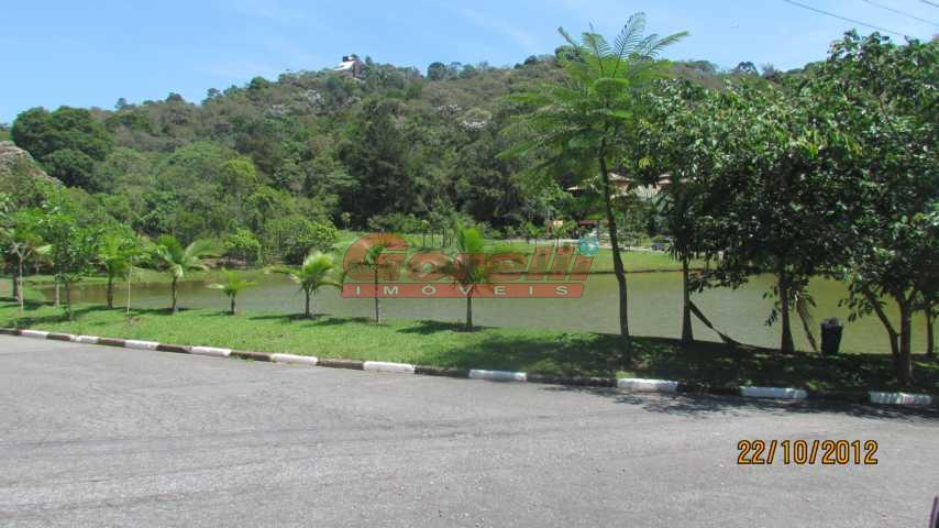 Terreno residencial à venda, Condomínio Arujazinho I, II e III, Arujá.