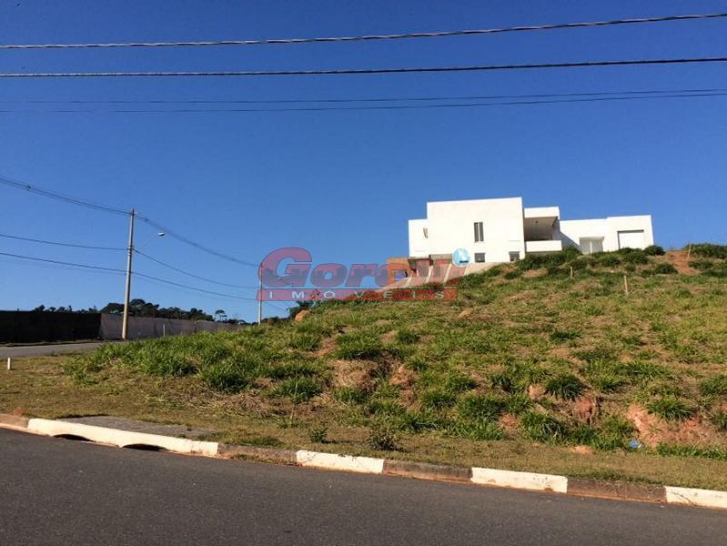 Terreno residencial à venda, Condomínio Verdes Lagos, Arujá.
