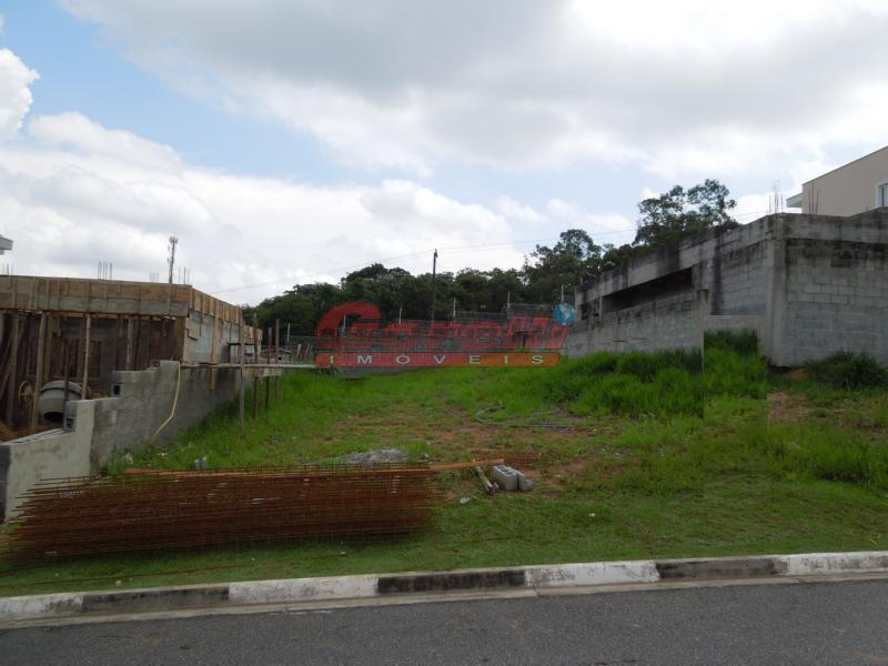 Terreno residencial à venda, Condomínio Real Park, Arujá.