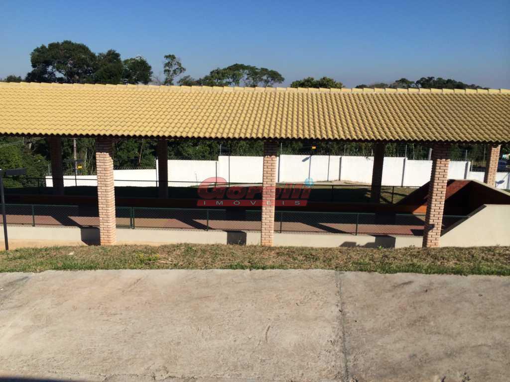 lote em aclive, com 11 metros de frente, próximo á portaria;condomínio com toda infraestrutura, segurança 24...