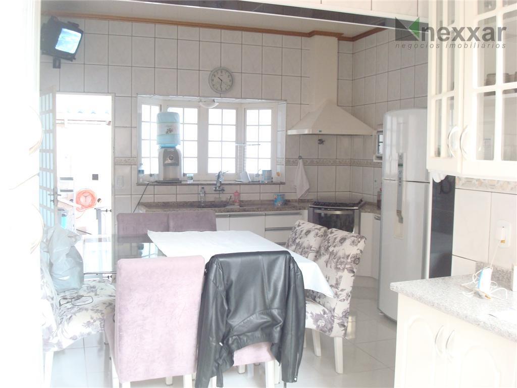 casa em valinhos com 03 dormitórios, sendo um com suíte e armário planejado, sala estar, banheiro...