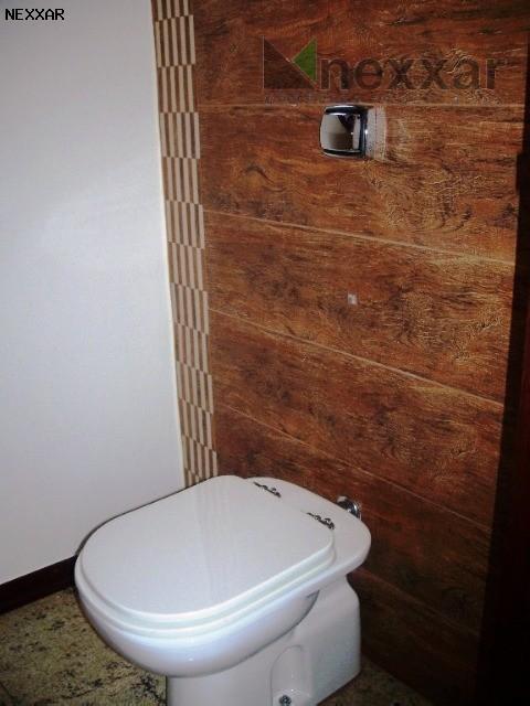 <strong>casa em condomínio em valinhos</strong><p> confortável residência em condomínio muito bem localizado na cidade de valinhos....