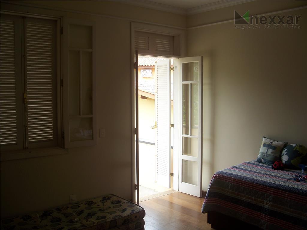 maravilhosa casa, com cômodos amplos e aconchegantes, com 3 suítes com closet, sendo uma máster com...