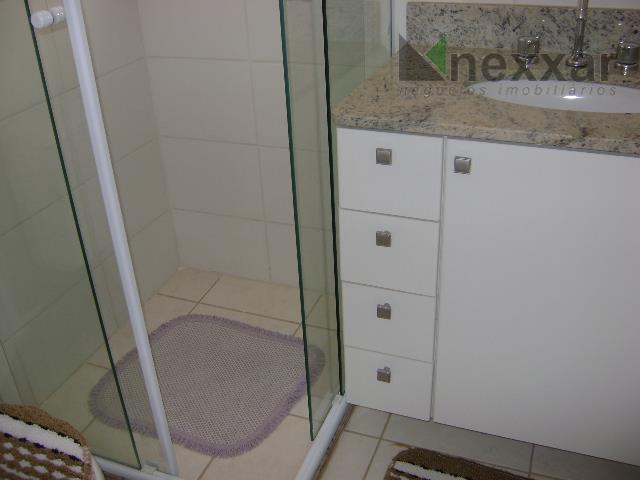 apartamento com ótima localização, com 3 dorms c/ armários, sendo 1 suíte, banheiro social com armário...