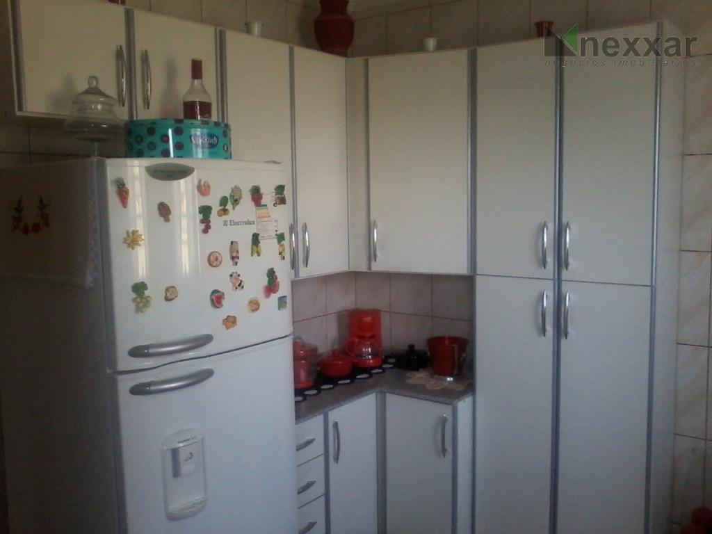 sala 2 ambientes, 3 dormitórios, cozinha planejada com cooktop.condomínio com portaria 24hs, salão de festas e...