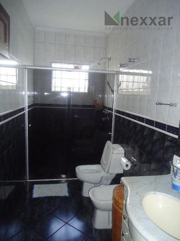 linda casa térrea em bolsão de segurança c/ 4 dorms com armários (sendo 1 suíte e...