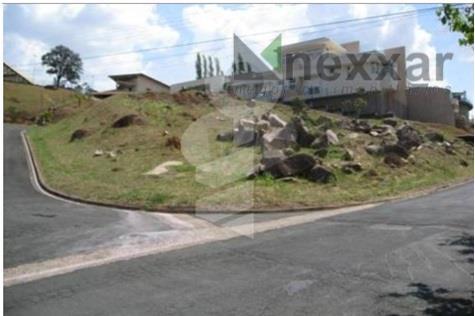 terreno bem localizado, c/ 1929,10m² em condomínio com muito verde!!!!aceita permuta com imóvel em condomínio!!!