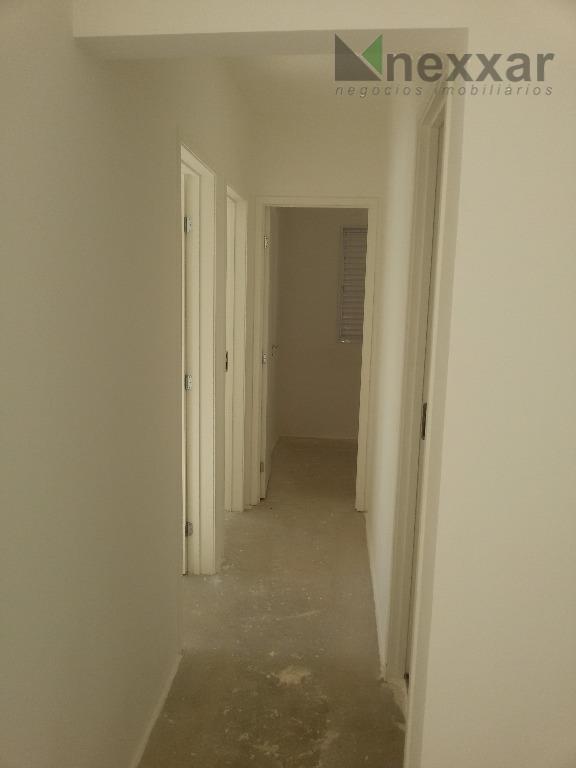 belo apartamento com 3 dormitórios em condomínio clube com área de laser completa,piscina com deck, solário...