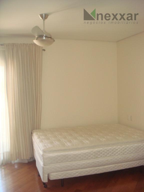 belíssima casa com fino acabamento com salas amplas com lareira, sala de jantar, cozinha ampla c/...