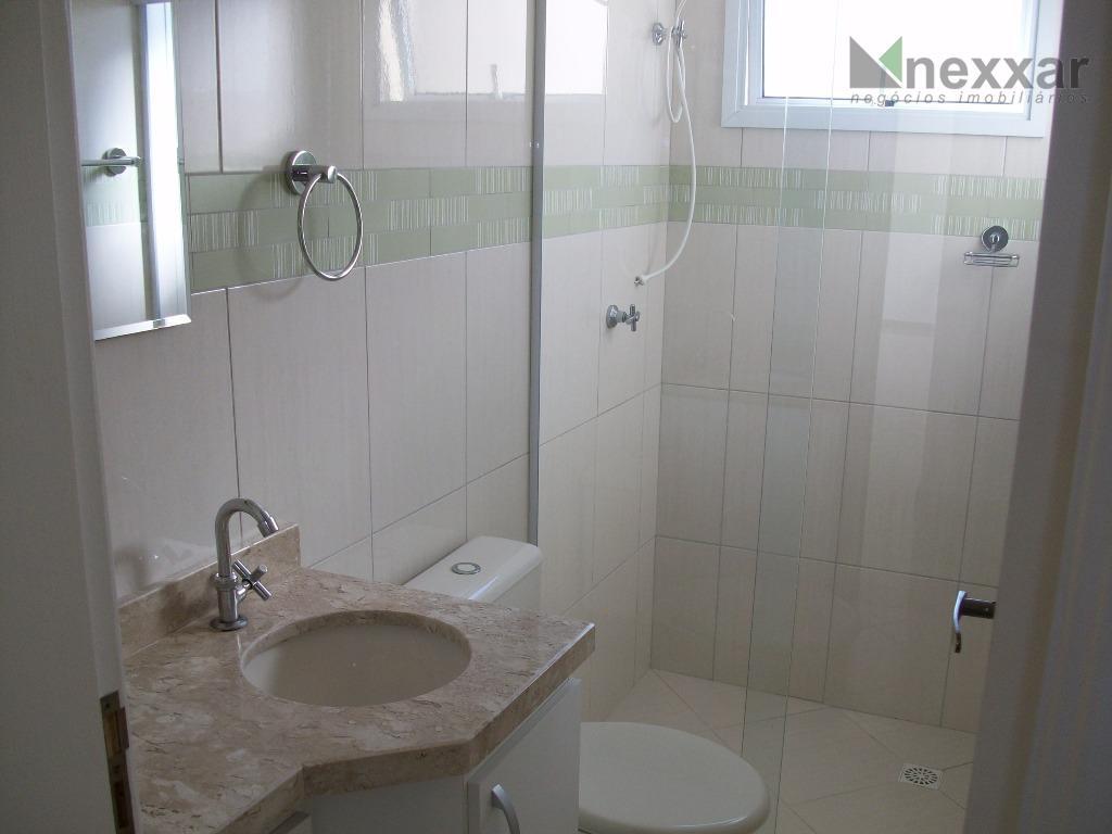 excelente apartamento com 3 dormitórios sendo 1 suíte, cozinha com gabinete, lavanderia ampla, gabinetes nos 2...