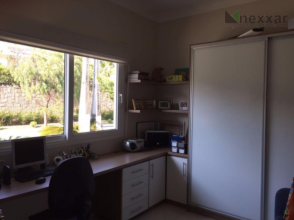 belissímo imóvel, com ótimo acabamento, 3 suítes todas com closet, cozinha planejada, sala com 2 ambientes,...