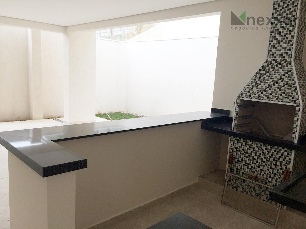 imóvel novo, sobrado de alto padrão, 3 suítes salas amplas, lavabo, espaço gourmet, requinte e bom...