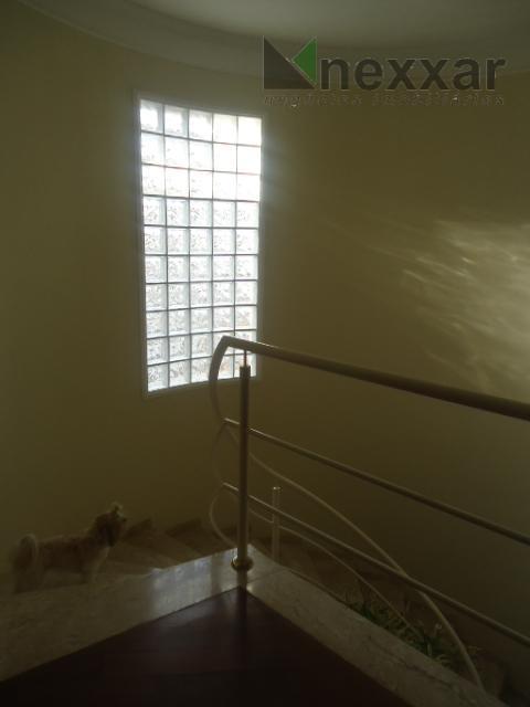 sobrado em condomínio próximo ao colégio porto seguro, 3 doms sendo 2 suítes, 3 salas amplas,...