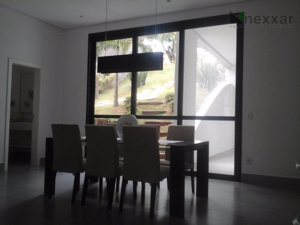 casa novíssima com projeto moderno e acabamento de primeira.home theater,living com ar consicionado,escritório,cozinha integrada com a...