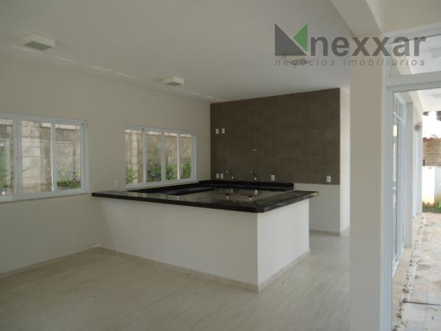 sobrado novo, possui 3 dorms sendo 1 suíte, 2 salas, cozinha, lavanderia, espaço gourmet com churrasqueira,...