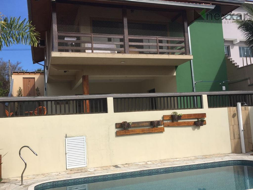 - garagem coberta para dois carros- área de lazer (churrasqueira e piscina) com entrada independente- churrasqueira...