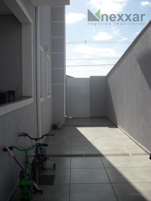 lindo sobrado de esquina em condomínio com 3 dormitórios sendo 1 suite com amplo closet e...