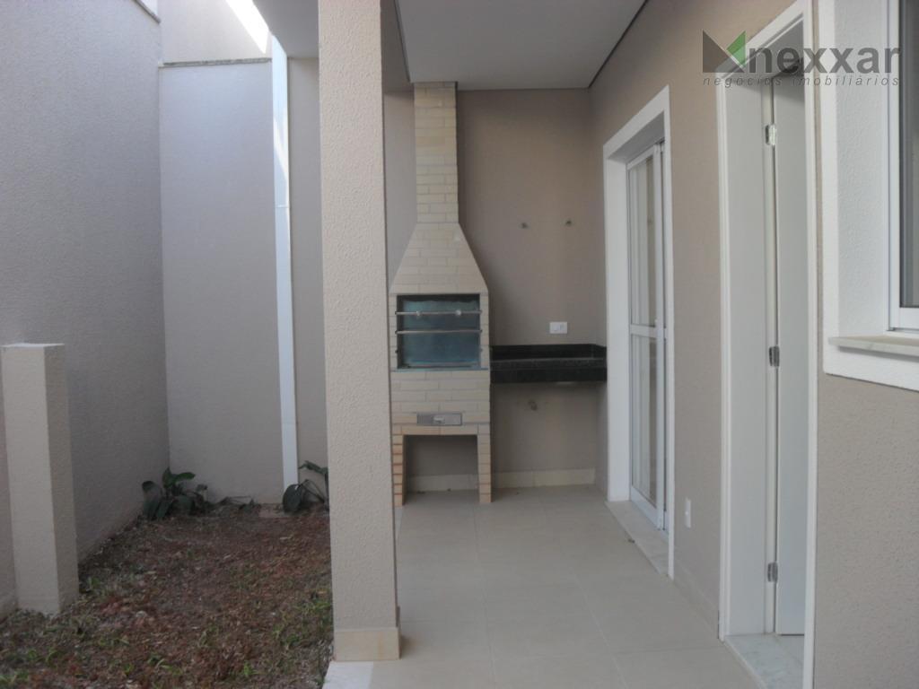 ótimo sobrado em condomínio próximo ao colégio porto seguro com 3 dormitórios sendo 1 suíte,sala para...