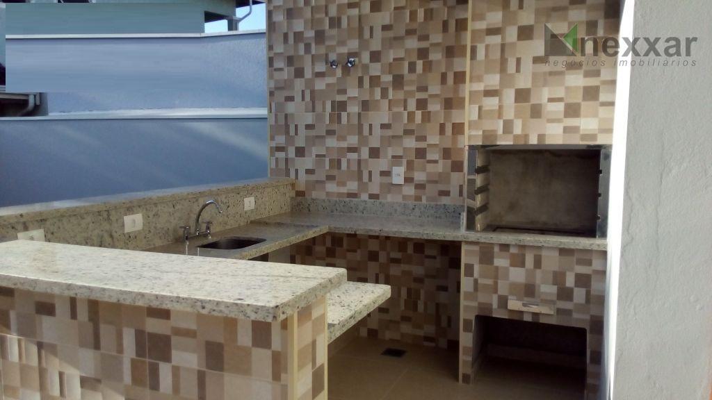 casa nova c/ 3 suites (sendo 1 c/ closet), salas de estar/ jantar, cozinha americana, lavabo,...