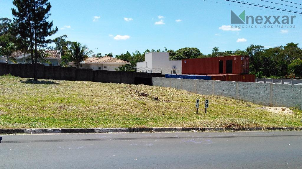 belíssímo terreno comercial em rua com grande fluxo de veiculos e na área mais nobre de...