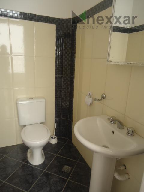 casa comercial com 3 dorms, 4 salas, varanda, 3 banheiros, excelente localização em rua com grande...