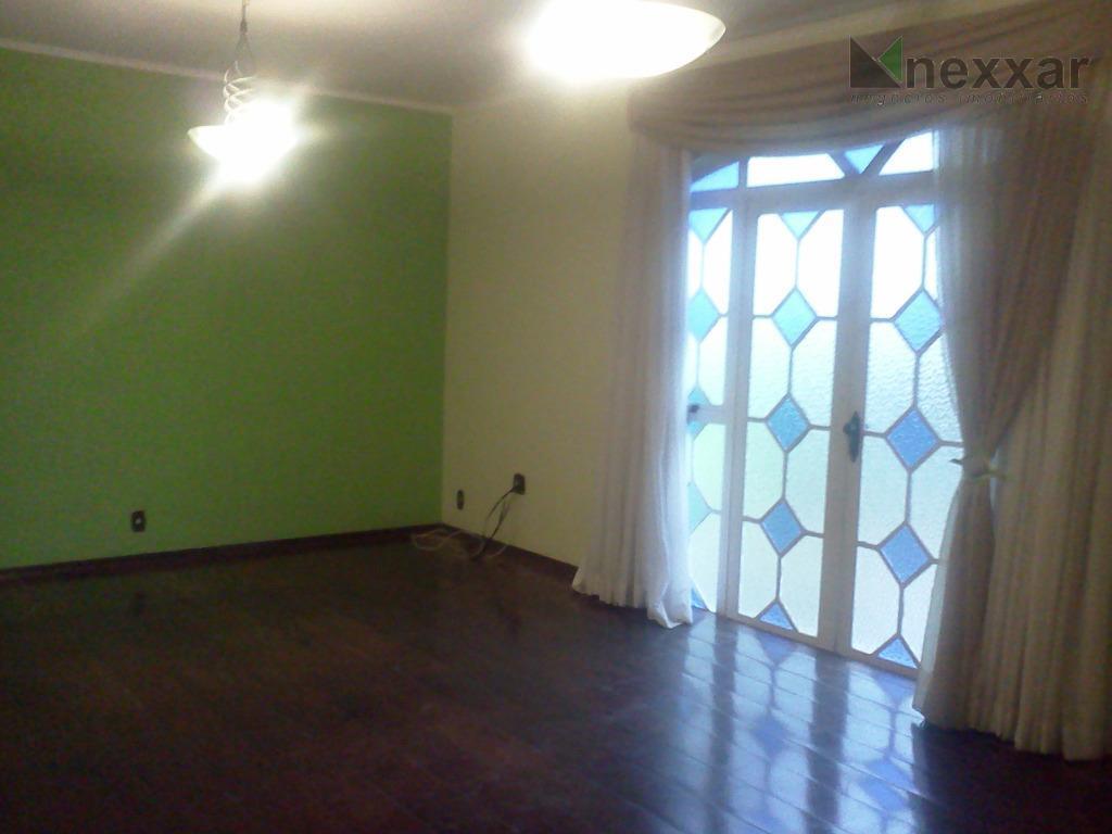 ótimo sobrado em condomínio arborizado, com 5 dormitórios sendo 1 suíte com hidromassagem,sala para 2 ambientes,churrasqueira...