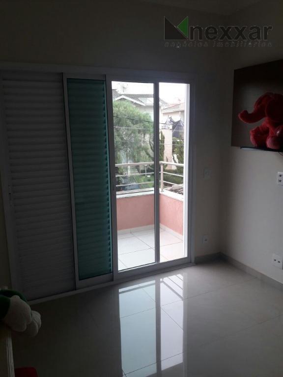 sobrado bem arejado e clean com sala de estar, sala de jantar, lavabo, escritório, cozinha rica...