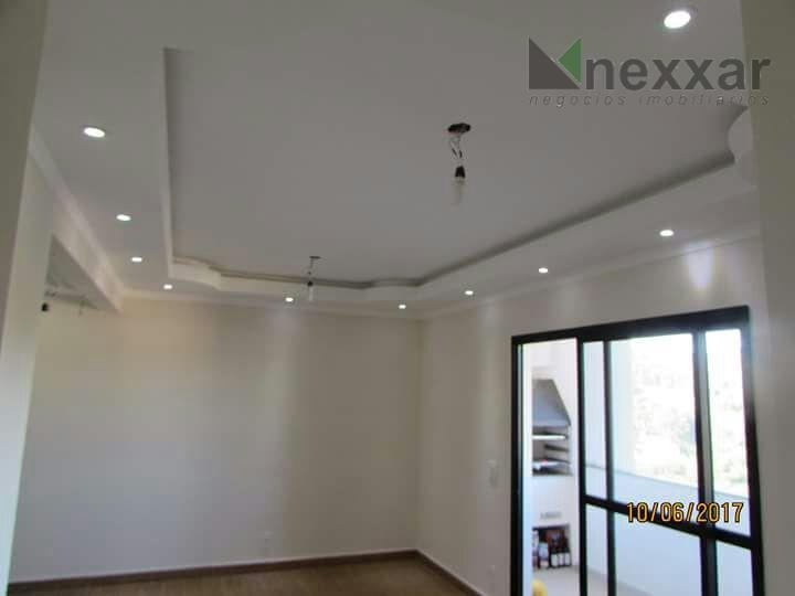 apartamento em andar alto, com linda vista, com 3 dorms (sendo 1 suíte), living 2 ambientes,...