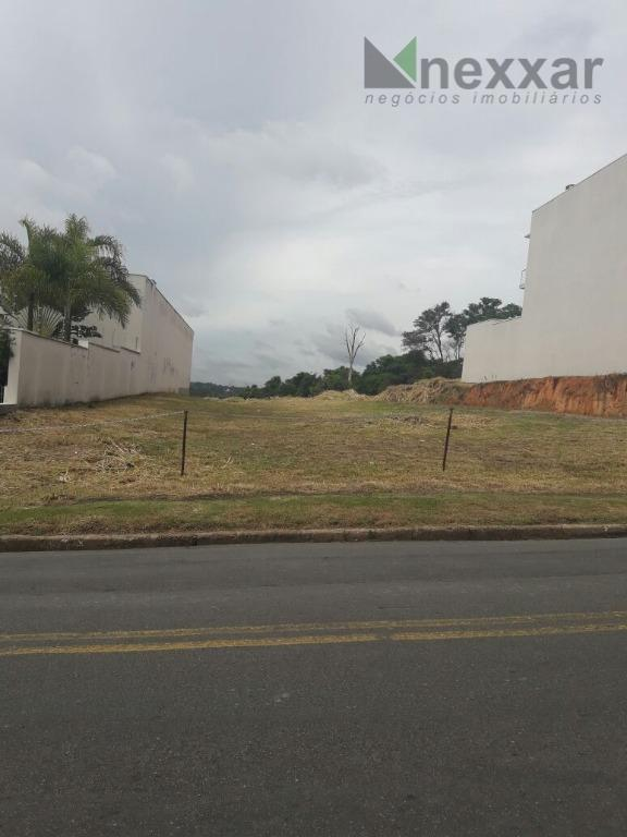 terreno comercial proximo as avenidas movimentadas.1200m² por r$ 3.000,00 de aluguel ou 600m² por r$ 1.500,00.